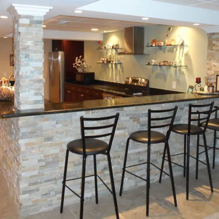 Toronto Basement Finishing bar